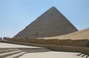 Ansicht Cheops-Pyramide von Osten